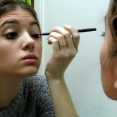 1-Makeup-001