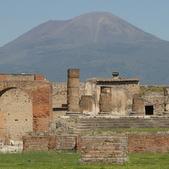 Pompeii-001